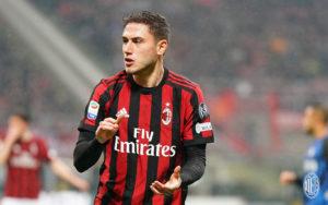 Manchester United Tertarik Dengan Bek AC Milan