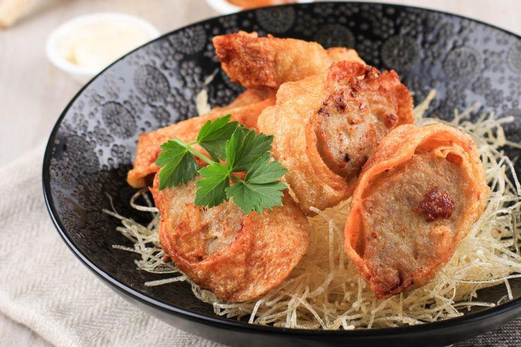 Chicken Egg Roll Menu Pasti di Restoran Jepang